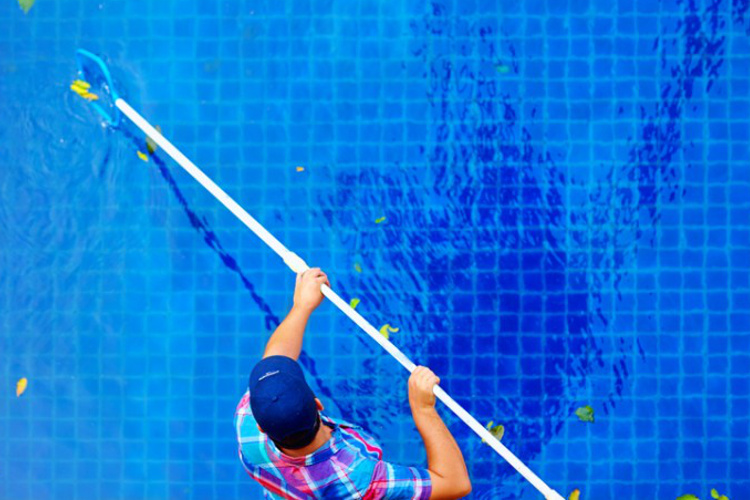 townsville pool cleaners